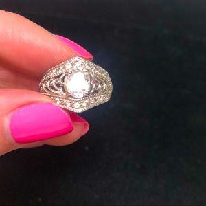 Avon Ring size 5